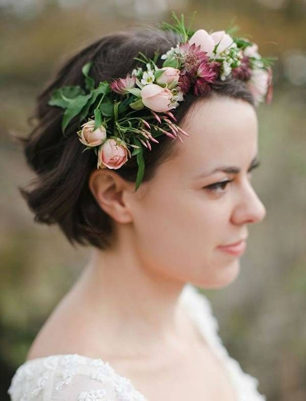 short hair bride with a light pink rose floral crown