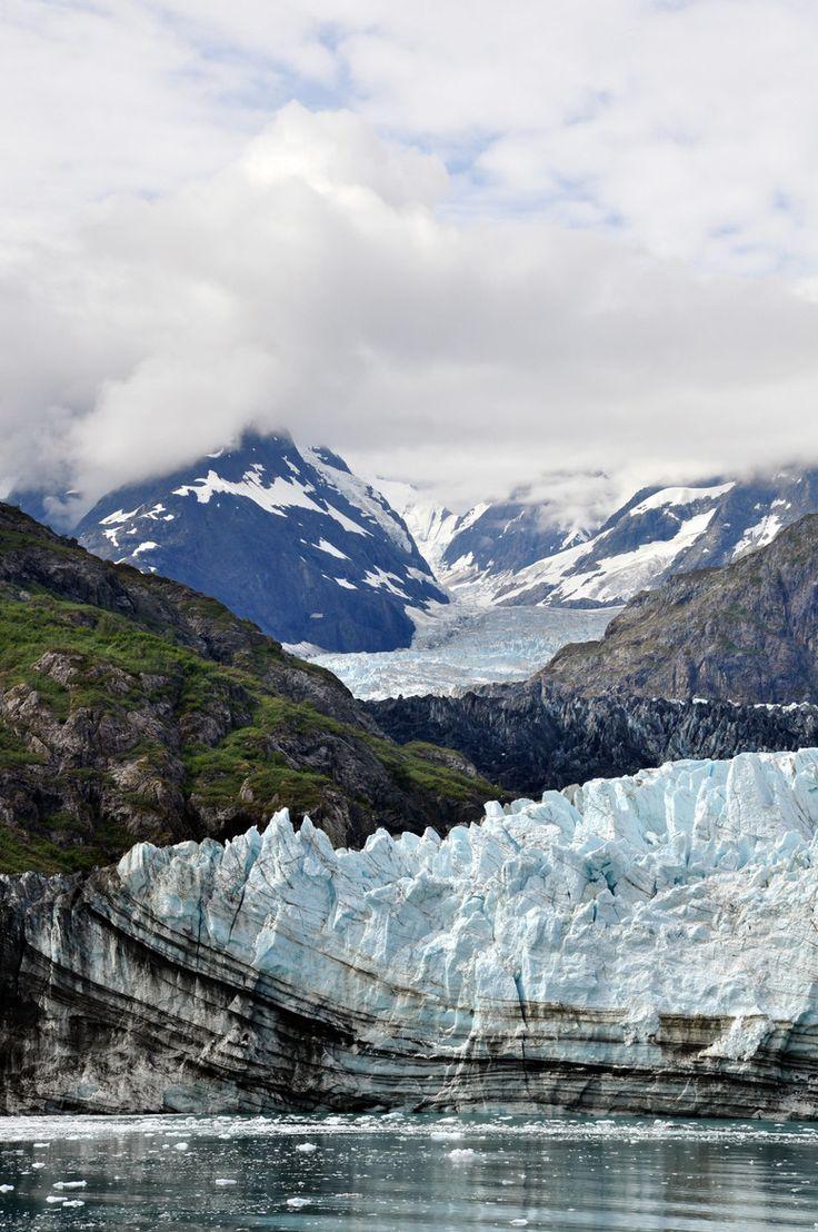 Mountains glaciers in glacier bay alaska