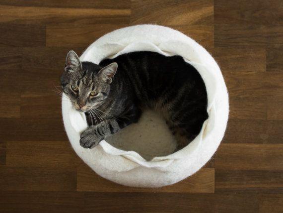 Kat bed/kat huiskat/wildlife/wit bloem vilten kat bed door elevele