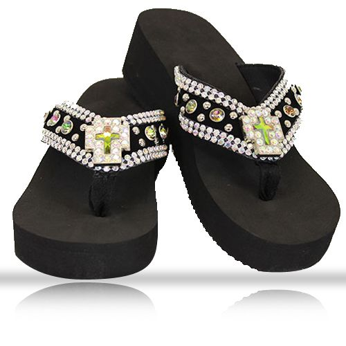 #wholesalebyatlas bringing you fashionable and comfortable wholesale flip flops in different styles such as full stone flip flop, western flip flops, rhinestone flip flops, crystal bling bling flip flops and many more. Have a look of this #flipflops at #WholesalebyAtlas