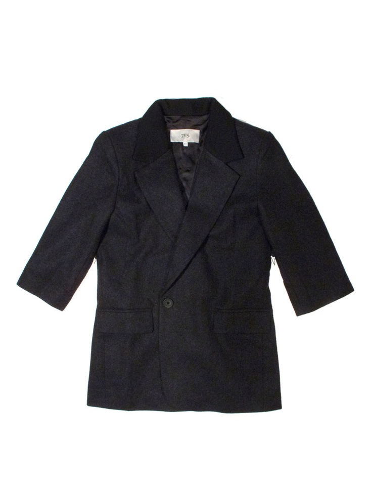 The cropped sleeve boyfriend blazer  www.szekinyc.com