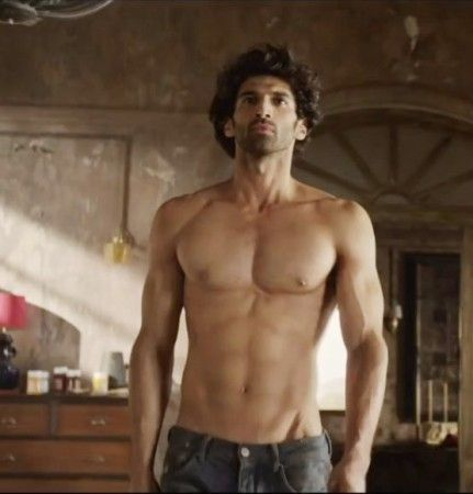 Aditya Roy Kapoor Body In Fitoor Movie
