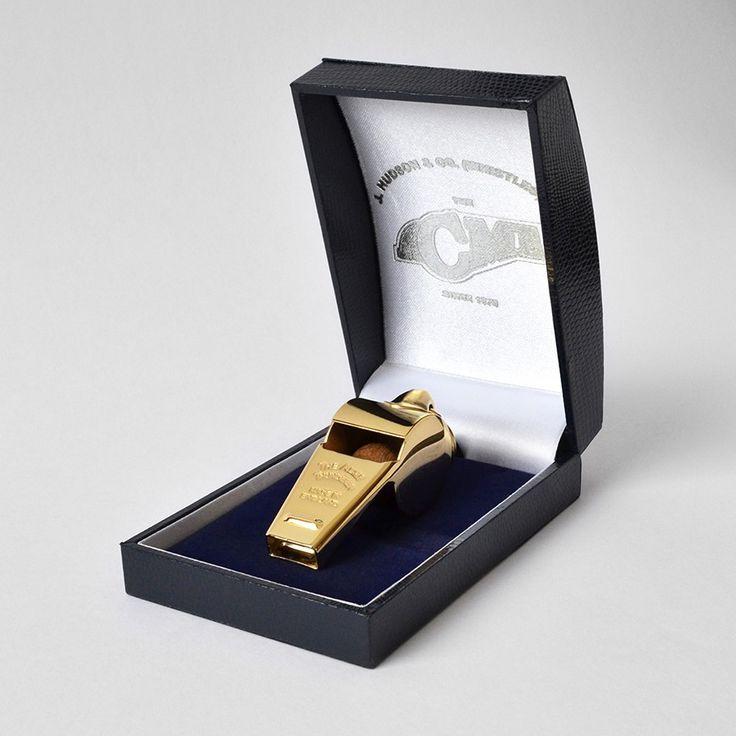 FISCHIETTO PER CANI +GOLD EDITION+ Il fischietto più venduto al mondo!  http://www.coco-pei.com/it/acme-thunderer-fischietto-per-cani-gold-edition.html  #cocopeicom