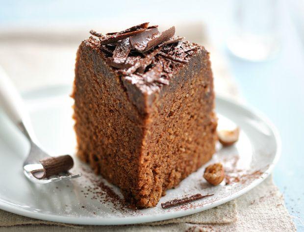 """Gâteau praliné Voir la recette du gâteau praliné Recette extraite du livre """"Vite fait au micro-ondes Bien fait simple et rapide"""", édité par Tupperware"""