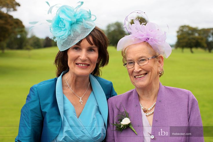 i want the females in my wedding to wear hats!
