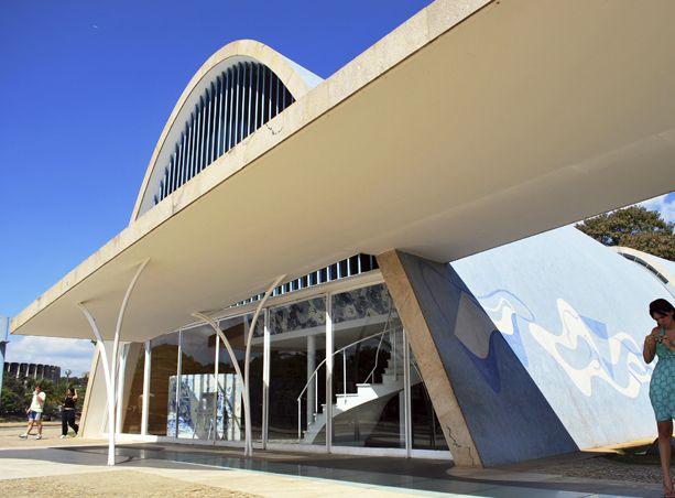 Óscar Niemeyer, el hombre que creó una ciudad de cero: Brasilia