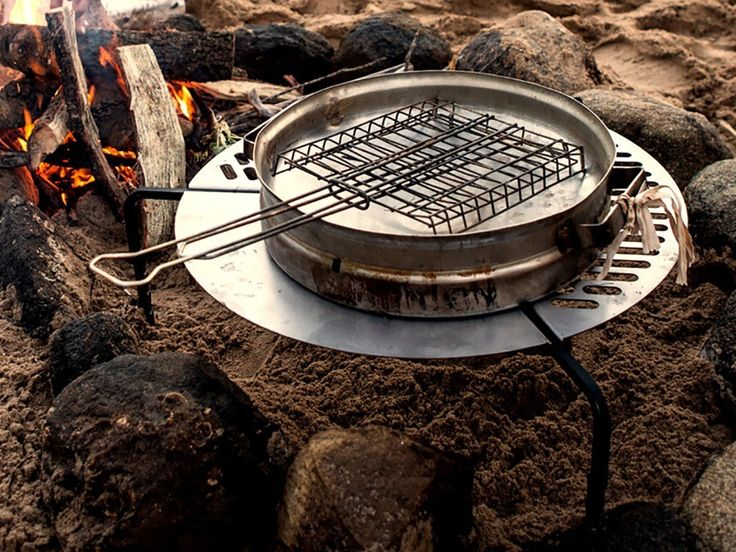 Front Runner Spare Tire Mount Braai/BBQ Grate#frontrunneroutfitters #adventure #explore #fun #grill #food #outdoors #overlanding #braai #tiremount