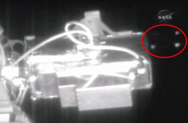 NASA Live Feed Cut AGAIN As 6 Large 'UFOs' Creep Past ISS
