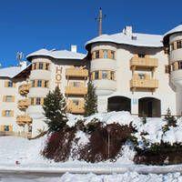 Appartementen Goldried  Uitstekend 3 hotel met prima appartementen aan de voet van de dalafdaling.  EUR 256.00  Meer informatie  #vakantie http://vakantienaar.eu - http://facebook.com/vakantienaar.eu - https://start.me/p/VRobeo/vakantie-pagina