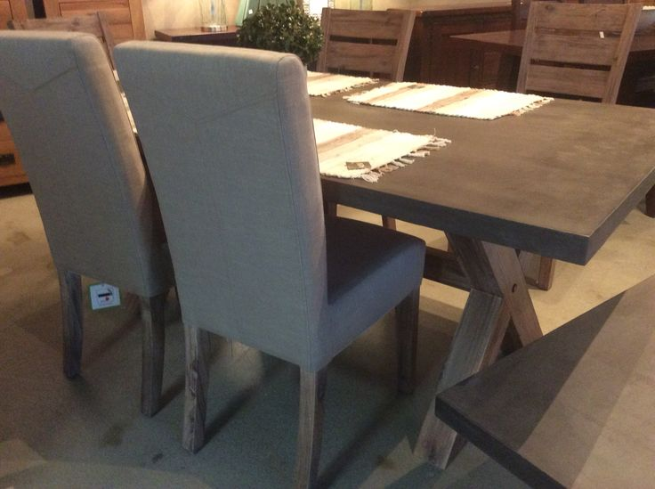 Dining table 190cm