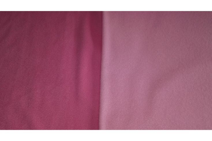 Tela de polar para mantas de color rosa o rosa chicle. El polar es una tela opaca, muy suave y esponjosa, con cuerpo y grosor ideal para prendas que necesiten aporte de calor. Polar ideal para la confección de mantas infantiles, forros polares y pijamas. NOTA: El ROSA CHICLE es el OSCURO y el ROSA es el CLARO. Fácil lavado y planchado.#Polar #rosa #rosa chicle #opaca #suave #esponjosa #confección #mantas #forros #pijamas #tela #telas #tejido #tejidos #textil #telasseñora #telasniños #comprar