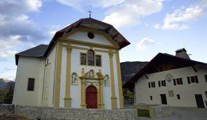 St-Nicolas-de-Veroce avec les Guides du Patrimoine des Pays de Savoie @Galoyer http://www.gpps.fr/Guides-du-Patrimoine-des-Pays-de-Savoie/Pages/Site/Visites-en-Savoie-Mont-Blanc/Faucigny/Pays-du-Mont-Blanc/Saint-Gervais-les-Bains-et-Saint-Nicolas-de-Veroce