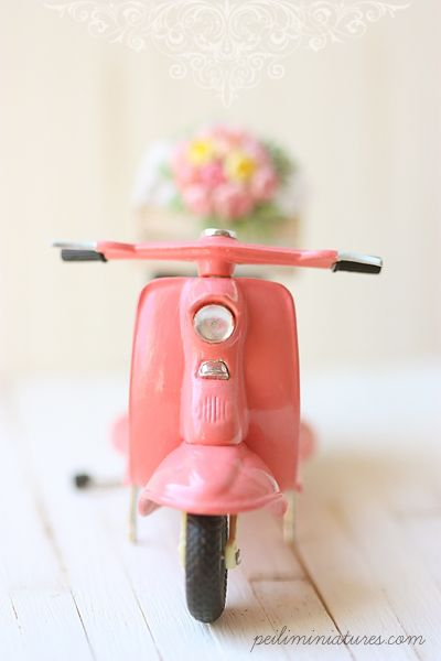 Pink Miniature Vespa -- Love this blog!