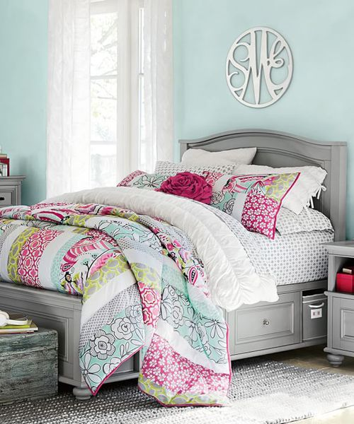 Teen Floral Bedding Teen Floral Bedding: A divine quilt for a girls room with bold color, pattern and plenty of style. Colorful and quilted, this floral bedding boasts lightweight warmth and supersoft design to make your bed into a comfy spot for sleeping, reading and hanging out. Made of 100% cotton percale and pre-washed for added
