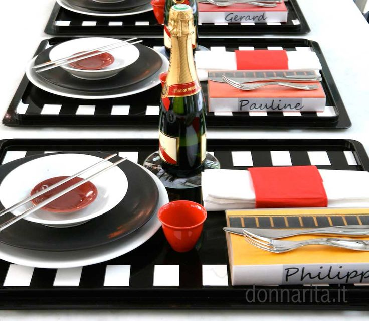 "Vassoi ""TV dinner""  Donnarita Foto Marzia Malli http://www.donnarita.it/fare/decor/vassoi-tv-dinner/"