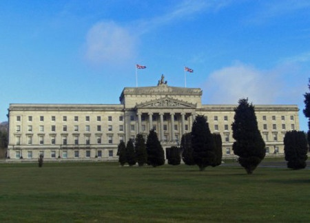 Stormont Flags Flying Union Flag. Top 10 Northern Ireland Attractions | For full list of Northern Ireland attractions check here: http://live-less-ordinary.com/europe-travel/top-10-northern-ireland-attractions-tourism-ni