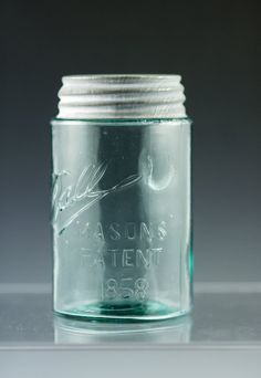 HOW TO DATE A BALL JAR: I have one thats from 1900-1910 and one from 1923-1933. Thank you grandma simpson :)