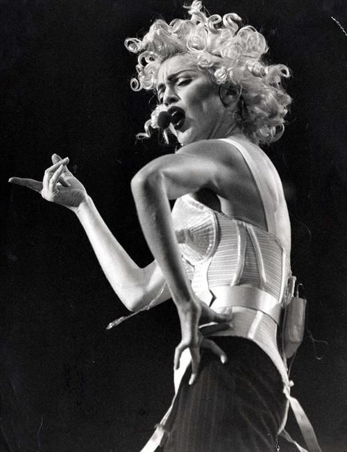 1990 Blond Ambition Tour