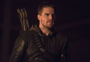 Arrow Preview: How Oliver Will Live On, Diggle Suits Back Up, an Awkward Friendship, Thea's Discovery and More