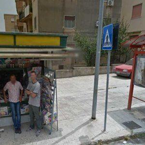 Offerte di lavoro Palermo  L'uomo che ha sparato si è barricato in casa con la pistola  #annuncio #pagato #jobs #Italia #Sicilia Palermo sparatoria a Borgo Nuovo: un morto