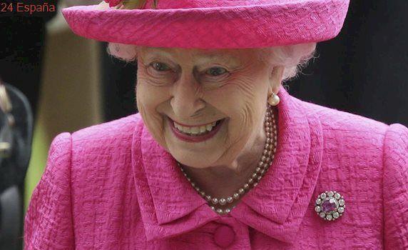 Revelan cuáles son los ingresos de la Reina Isabel II
