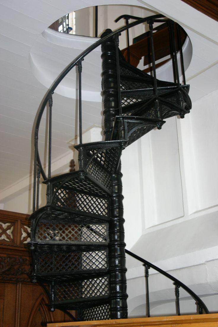 mooie ijzeren trap in de Maria kerk Steenwijk
