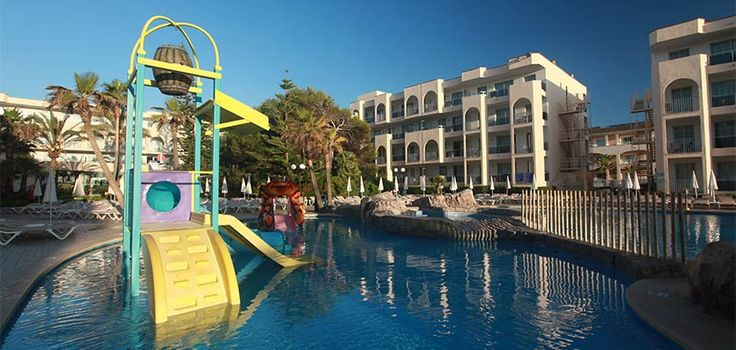 Kids pool in Alcudia Pins Hotel