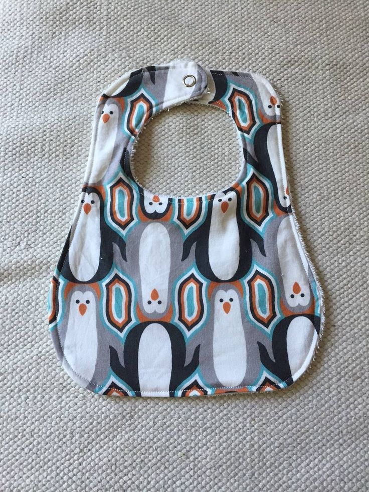 UPDATE: I've made a new bib pattern! I fattened the straps up a little bit which makes it easier to turn in step 5. You can use this old one or try the new one here. When my boys were babi…