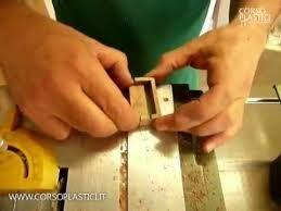 mobili in miniatura antichi -lavorazione dei cassetti