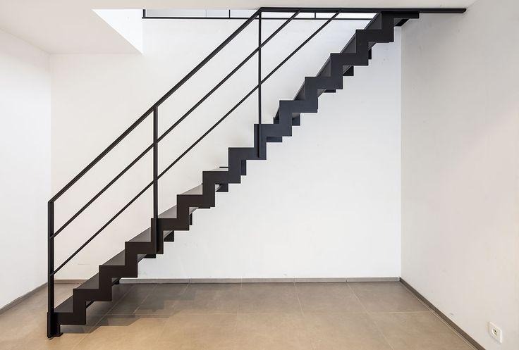 Meer dan 1000 idee n over metalen trap op pinterest trappen leuningen en traptreden - Metalen trap design hout ...