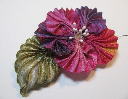 Beading Arts: Making pleated silk shibori ribbon flowers - part two