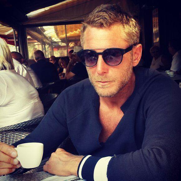 #LapoElkann Lapo Elkann: Mi manca il caffè italiano!!!!