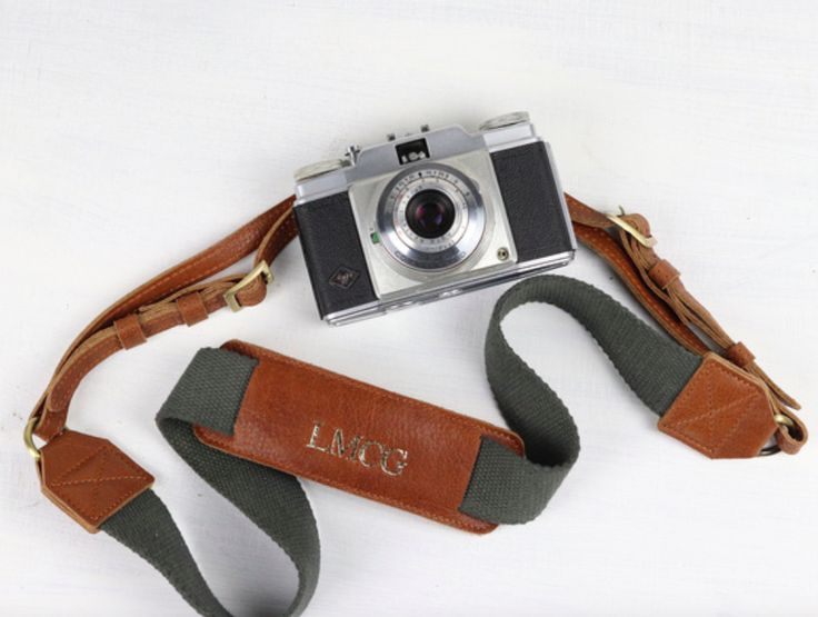 Our woven canvas and leather camera strap is our latest addition to our leather accessory range. If you want to give your loved ones a personal gift this Christmas. #gift #camerastrap #personalisation #adventure #giftguide #giftidea #leather #vintage