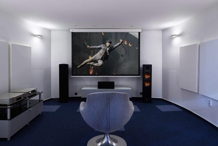 menšia  kino miestnosť