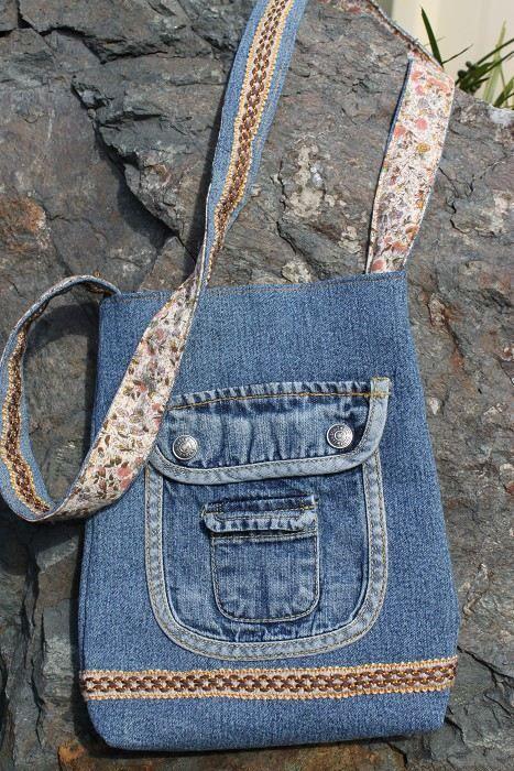 denim bag http://www.madeit.com.au/detail.asp?id=261657