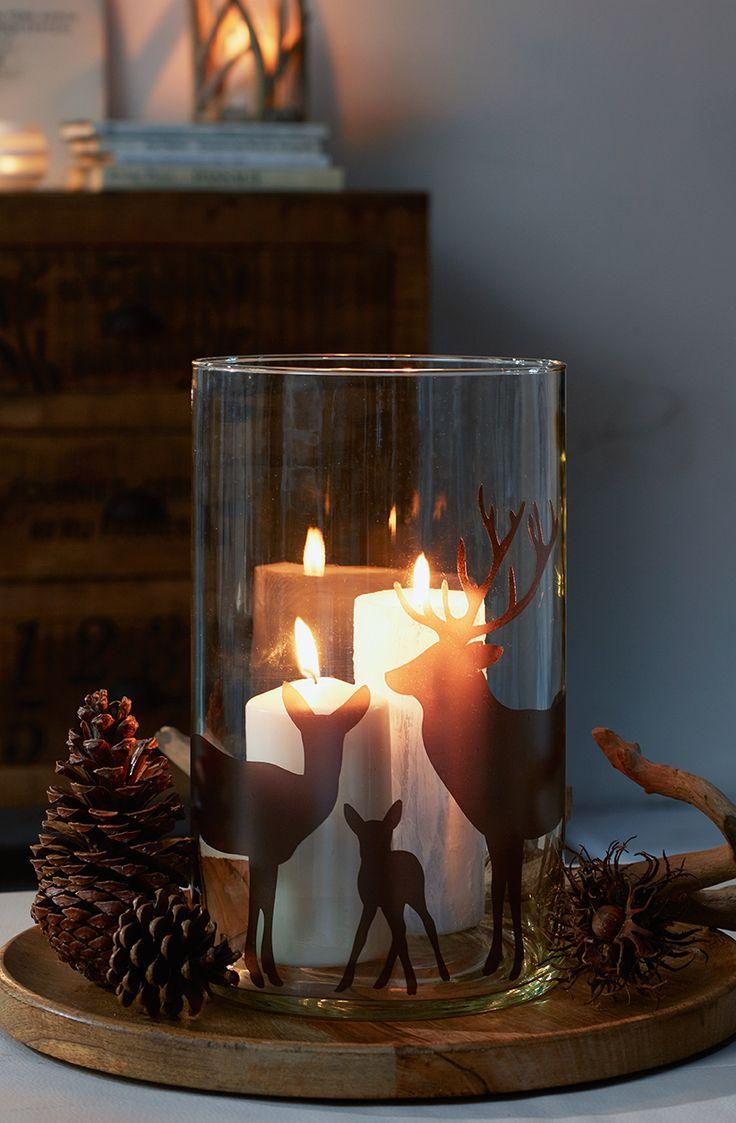 Fensterbild Rehfamilie Lass den Herbst herein! Das Fensterbild aus Hirsch, Hirschkuh und Kitz passt toll zum Herbst. Wir haben es in allen schönen Herbstfarben!  http://www.wandmotive.de/Kaufen/Fensterbilder/Weihnachten/Fensterbild-Rehfamilie.html
