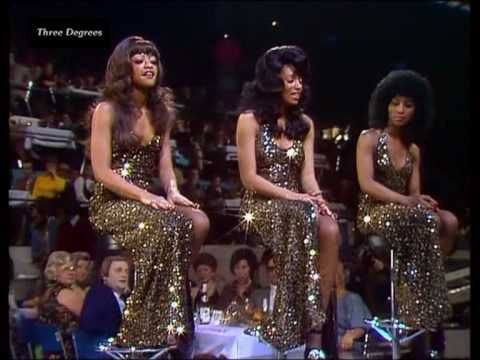 HQ-Video. Three Degrees - When Will I See You Again. Soul / Disco-Sound from Philadelphia. Members of the Group at that time: Fayette Pinkney, Valerie Holiday, Sheila Ferguson. Full song, ripped off audio-CD.