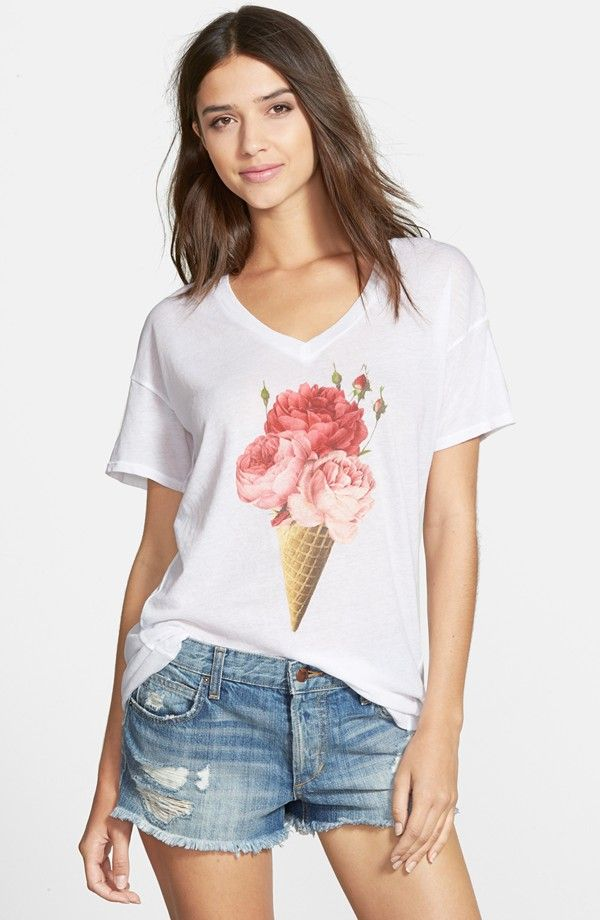 'Floral Cone' V-Neck Tee