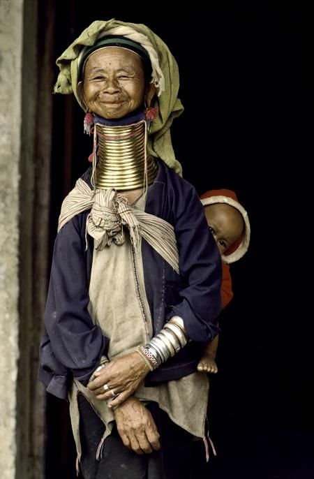 Mother and child - Padaung tribe of Myanmar's ethnic minori
