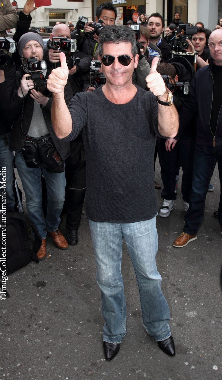 Would you pledge to see Simon Cowell (TV producer, entrepreneur, judge on X-Factor, American Idol, Britain Got Talent, and more) shave his head for a good cause? One of our Twitter users definitely would! Vote here: https://www.fundarity.com/197 #SimonCowell (#TV #producer, #entrepreneur, #judge on #XFactor, #AmericanIdol, #BritainGotTalent