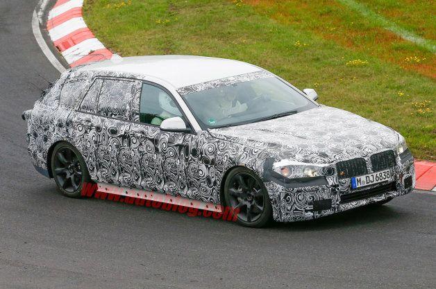 【スパイショット】次期型BMW「5シリーズ ツーリング」がニュルでお忍びテスト