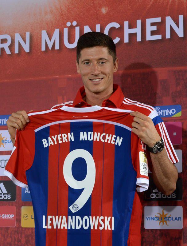 Robert Lewandowski (Attaquant - 25 ans) Dortmund --> Bayern Munich (Libre).