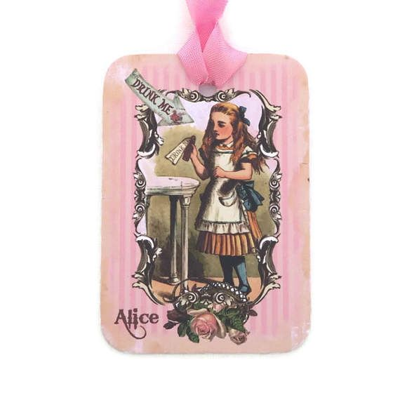 Alice in Wonderland Tags Gift Hang Tags Vintage Retro Tag