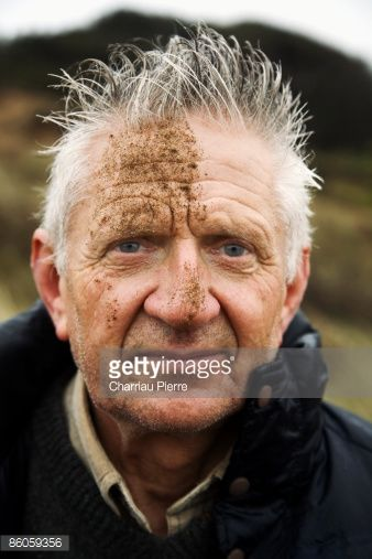 Stock Photo : Man with dirty face