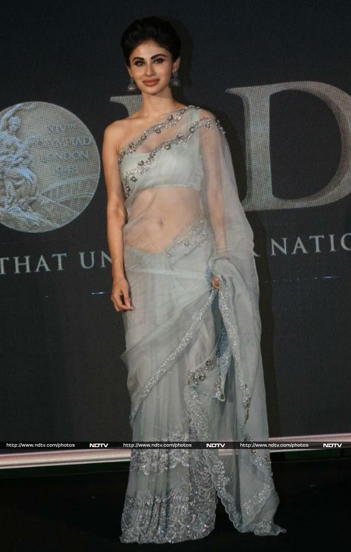 6cdc78b91a New: Mouni Roy in saree for the promotion of the new movie Gold Gold  starring Akshay Kumar and Mouni Roy 2018