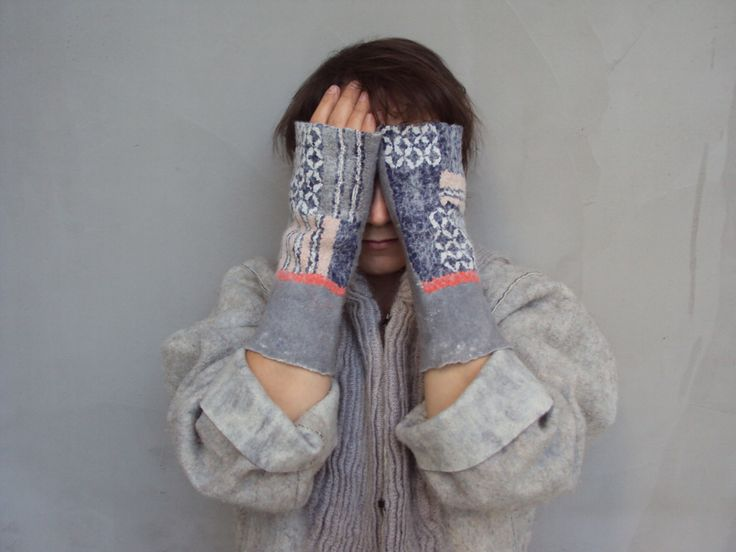 Japanese patterns felted into mittens by Vanda Robert