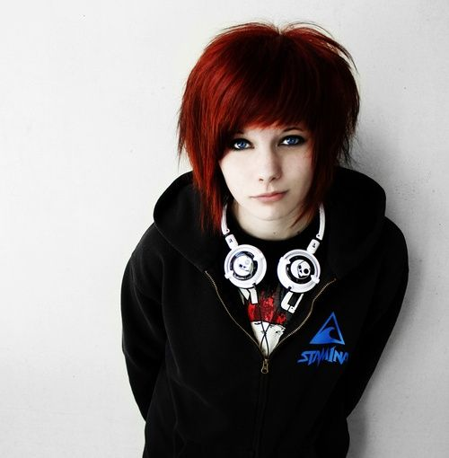 Short Emo Hairstyles For Curly Hair