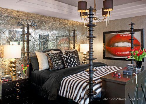 khloe kardashian home decor | kris-kim-khloe-kourtney-kardashians-home-sged-mirrors-lips-print-art ...