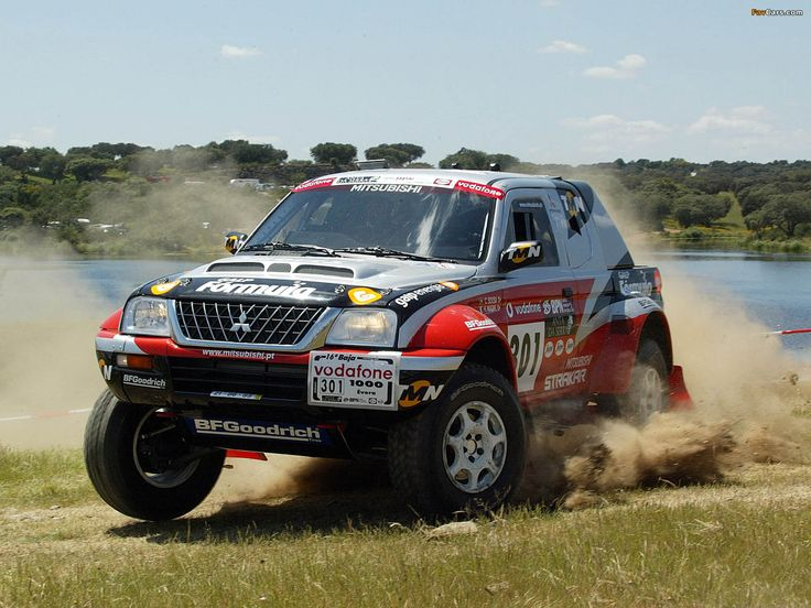 mitsubishi_l200_strakar_super_production_2003