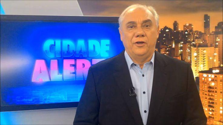 O LEGENDÁRIOS comemora seis anos de programa! Para não ficar fora da festança, o apresentador Marcelo Rezende mandou um recado para a equipe http://r7.com/XG9d  • Saiba como assistir ao musical de Os Dez Mandamentos em -> http://www.r7.com/os-dez-mandamentos-o-musical/ #RedeRecord #Record #TVRecord